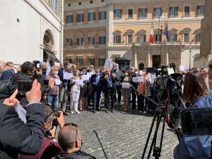 Flash mob nazionale nelle principali piazze italiane